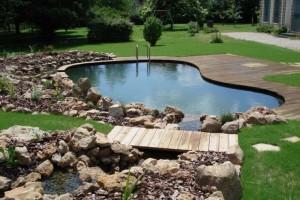 Бассейны и искусственные водоемы