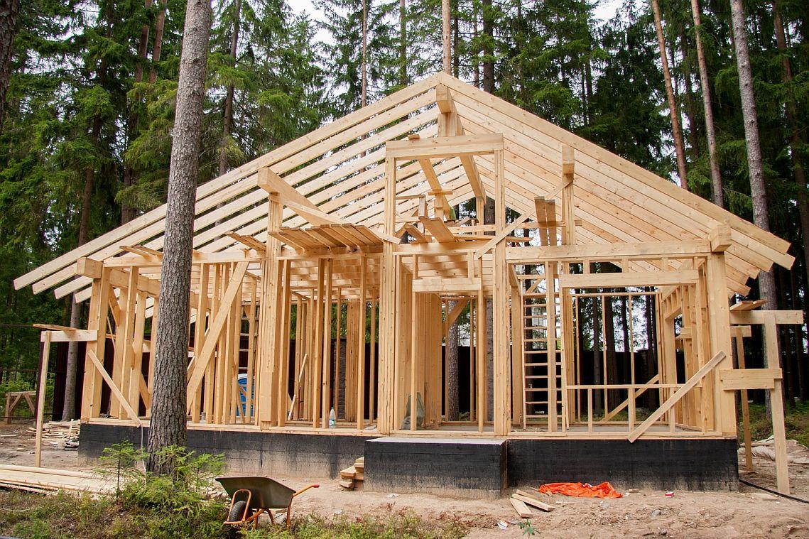 Строительство деревянного дома - каркас из обрезной доски